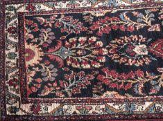 Teppich, Persien, handgeknüpft. Länge: ca. 197 cm, Breite: ca. 90 cm.Carpet, Persia, hand-knotted