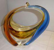 Glasobjekt, bayr. Wald. Champagner bis blaues Glas gezogen. Höhe ca. 18 cmGlass object, Bavarian.