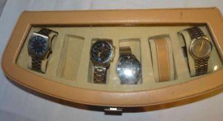 1 Uhrenbox, Inhalt mit 4 Herrenarmbanduhren, dabei eine Zentra 2000 / 1 Citizen Chrono / 1 Sempre,