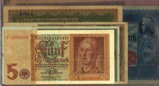 Lot Banknoten in der Mappe, meist Deutschland. 25 Scheine, verschiedene Erhaltungen.Lot of banknote