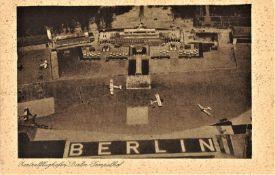 seltene Postkarte Berlin Zentralflughafen Berlin-Tempelhof. Sehr frühe Karte, ungelaufen