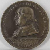 Deutschland 1924, Gedenkmedaille zum 100. Todestag des Dichters Dr. C. A. Kortum. Von Vocke/