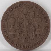 """Porzellan - Medaille """"Stadtsiegel von Quedlinburg um 1300"""", Meißen, Durchmesser: ca. 67 mm."""