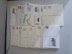 Berlin, 246 Ganzsachen - Karten, Umschläge, Antwortkarten, ** und gestempelt. Dazu DDR, 15