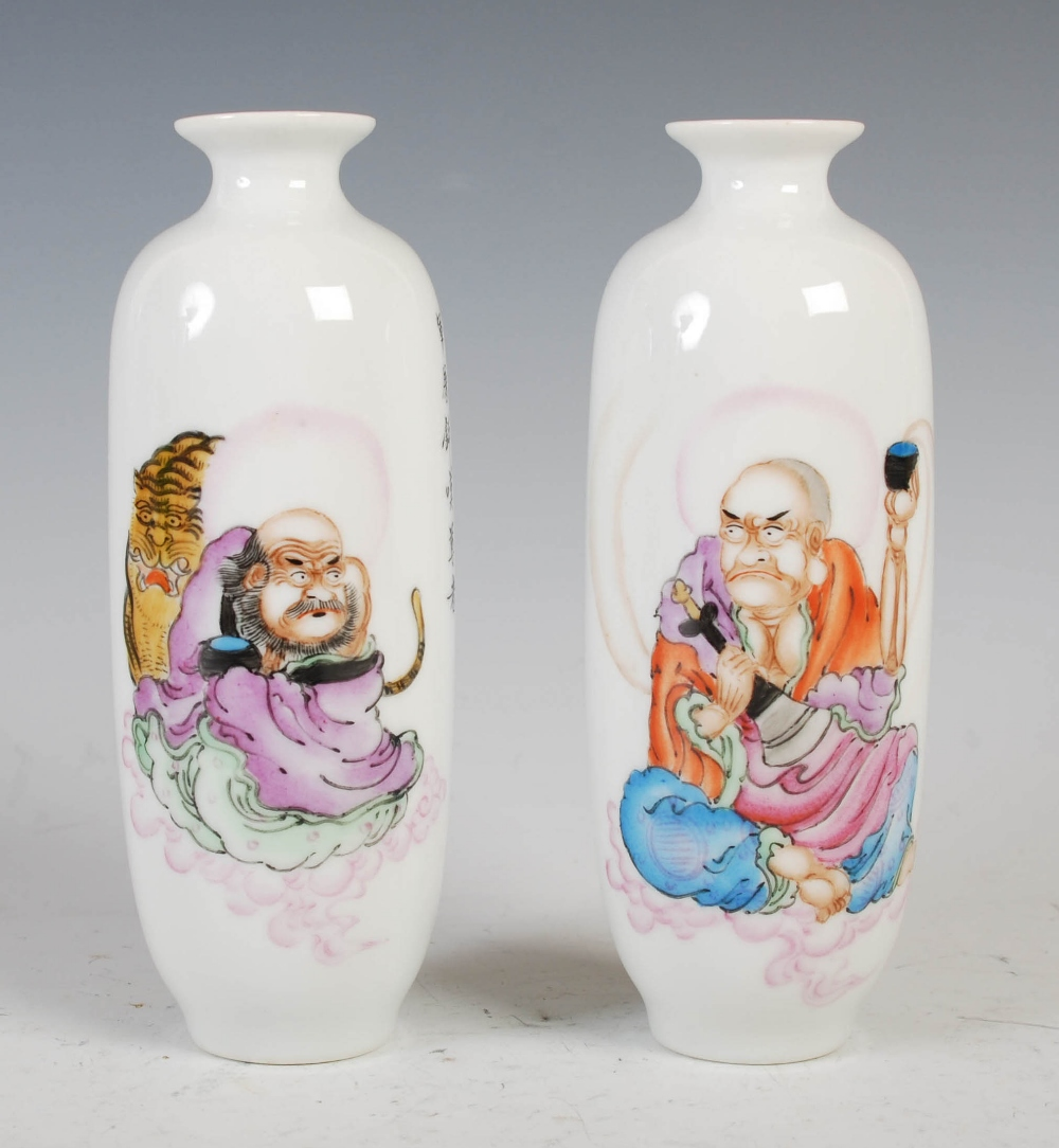 A pair of Chinese porcelain vases, Republic Period, decorated with senan and script, blue seal