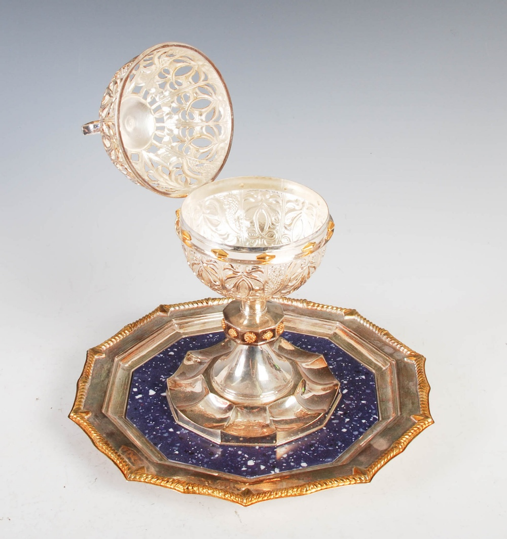 An Official Oman silver and lapis lazuli Presentation covered chalice, the chalice with hinged - Image 6 of 8