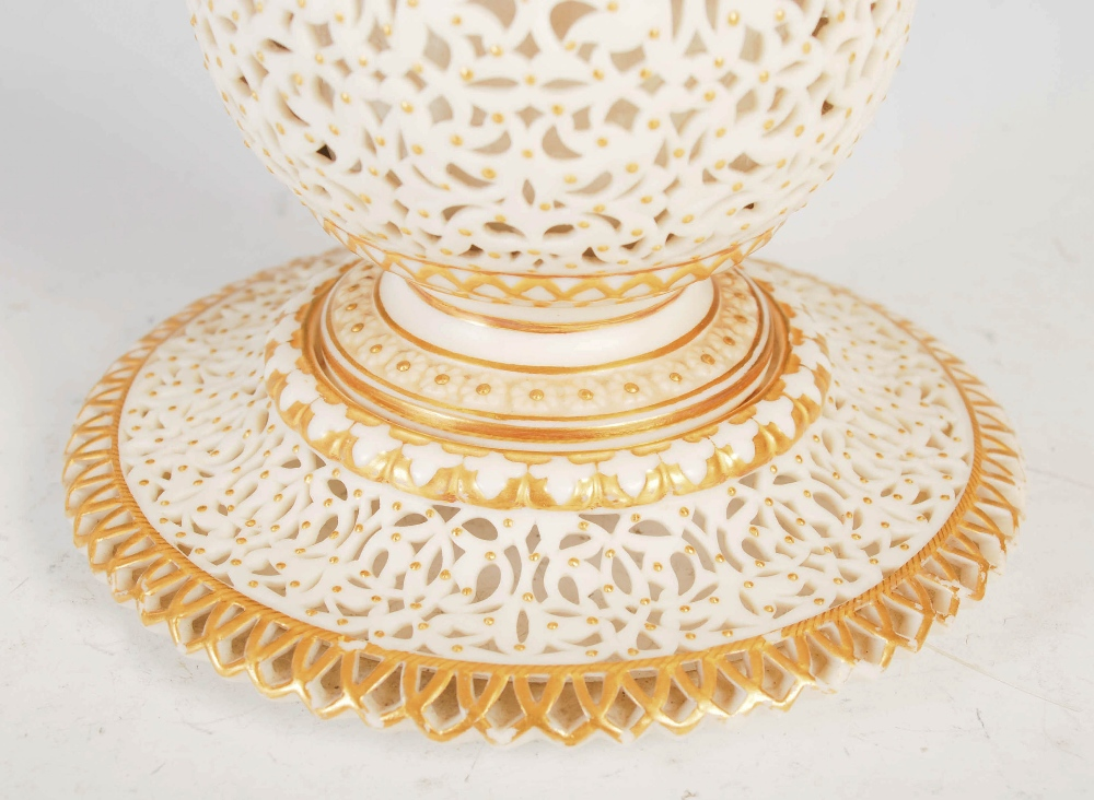 A Grainger & Co. Royal Worcester reticulated bottle vase, dated 1902, on integral circular stand, - Image 3 of 5