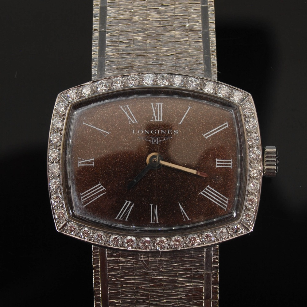 An 18ct gold and diamond set Longines ladies wristwatch, import hallmarks for London, 1968, B&Co., - Image 5 of 8