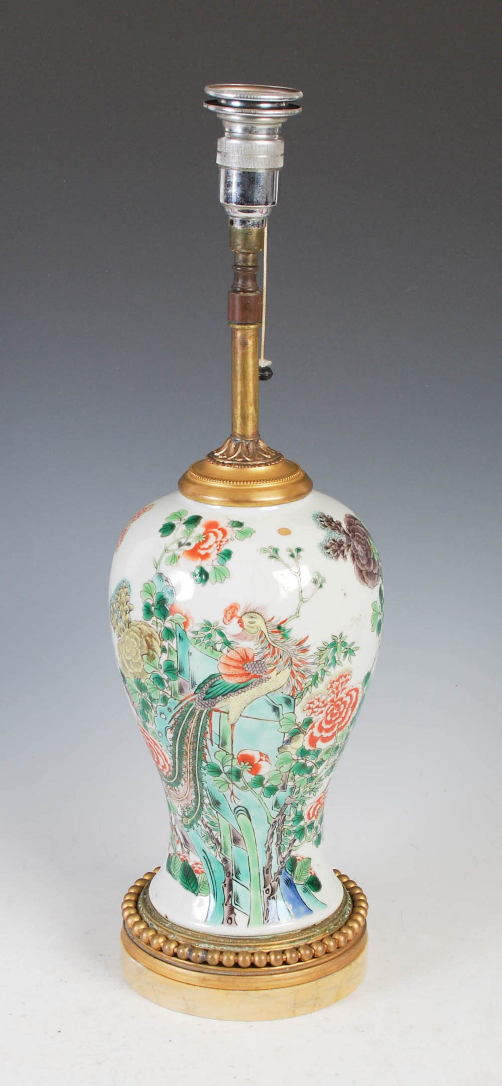 A Chinese porcelain famille verte jar converted to a table lamp, Qing Dynasty and later, the