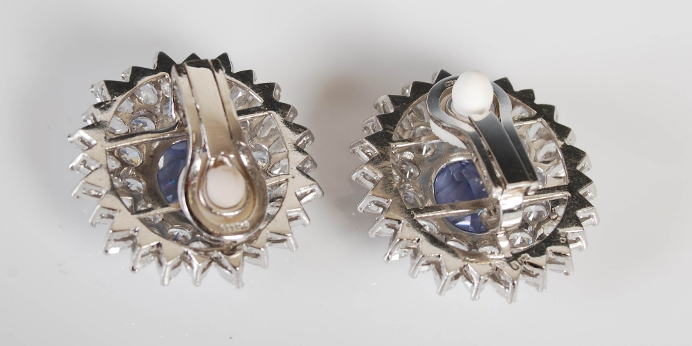 A pair of white metal synthetic sapphire and yttrium aluminium garnet cluster clip earrings, 20th - Image 3 of 7