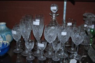 COLLECTION OF ASSORTED CUT GLASSWARE, CHAMPAGNE FLUTES, WINE GLASSES, LIQUEUR AND OTHERS, TOGETHER