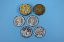 Brass pill box containing 4 Royal Commemorative white metal coins engraved by Alan More London 1850