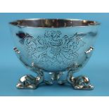 Hallmarked silver bowl on dolphin feet - Berthold Muller, Chester 1904 - Approx weight: 261g