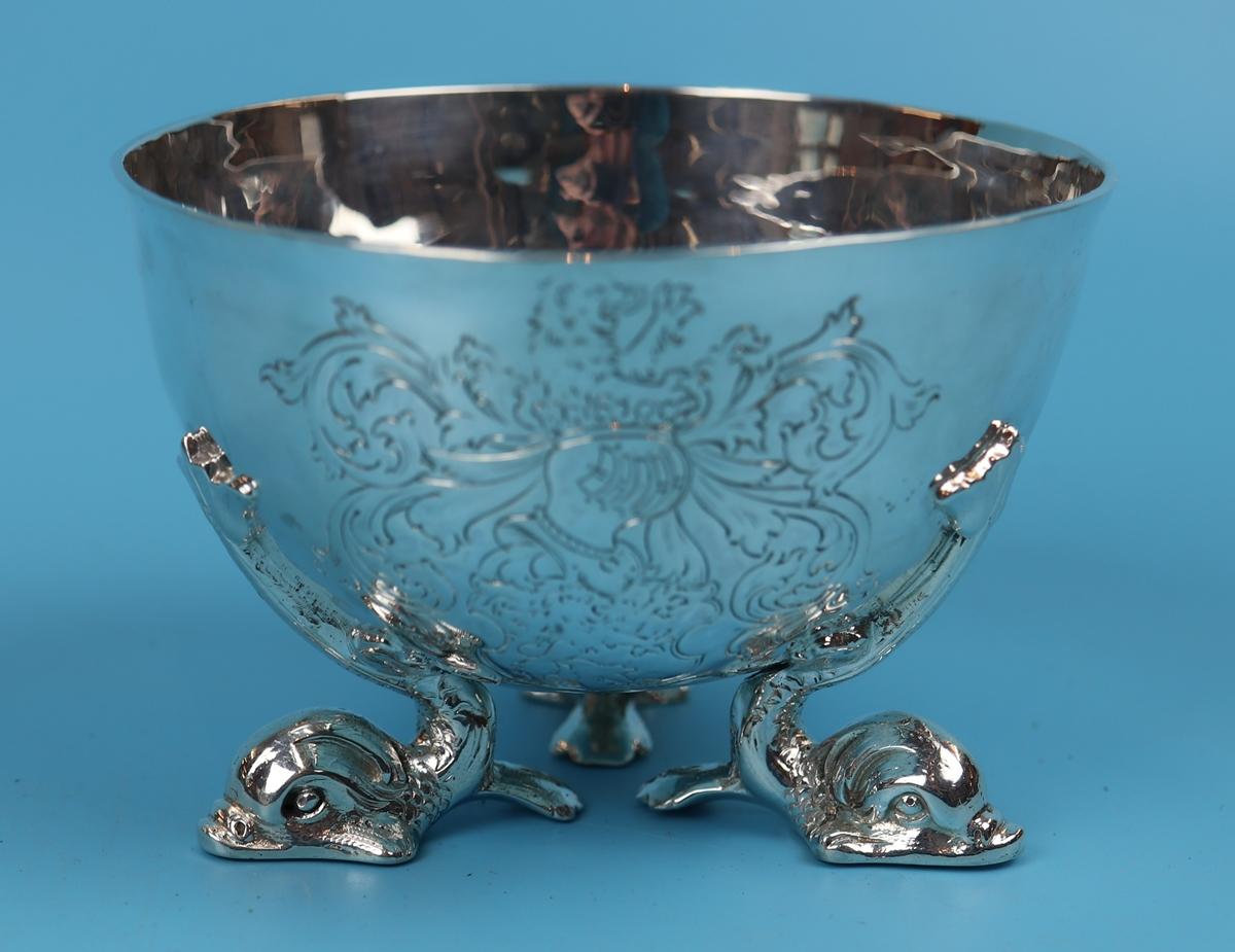 Hallmarked silver bowl on dolphin feet - Berthold Muller, Chester 1904 - Approx weight: 261g - Image 11 of 11