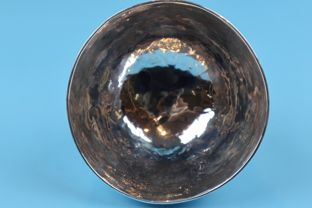 Hallmarked silver bowl on dolphin feet - Berthold Muller, Chester 1904 - Approx weight: 261g - Image 4 of 11