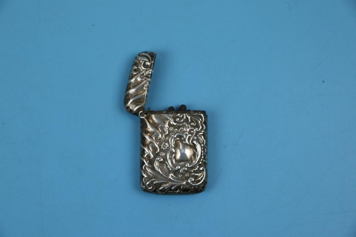 Hallmarked silver vesta case - Image 2 of 2