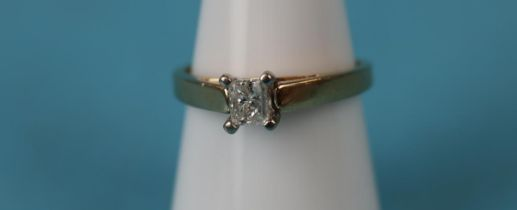 14ct gold .41ct princess cut diamond solitaire ring