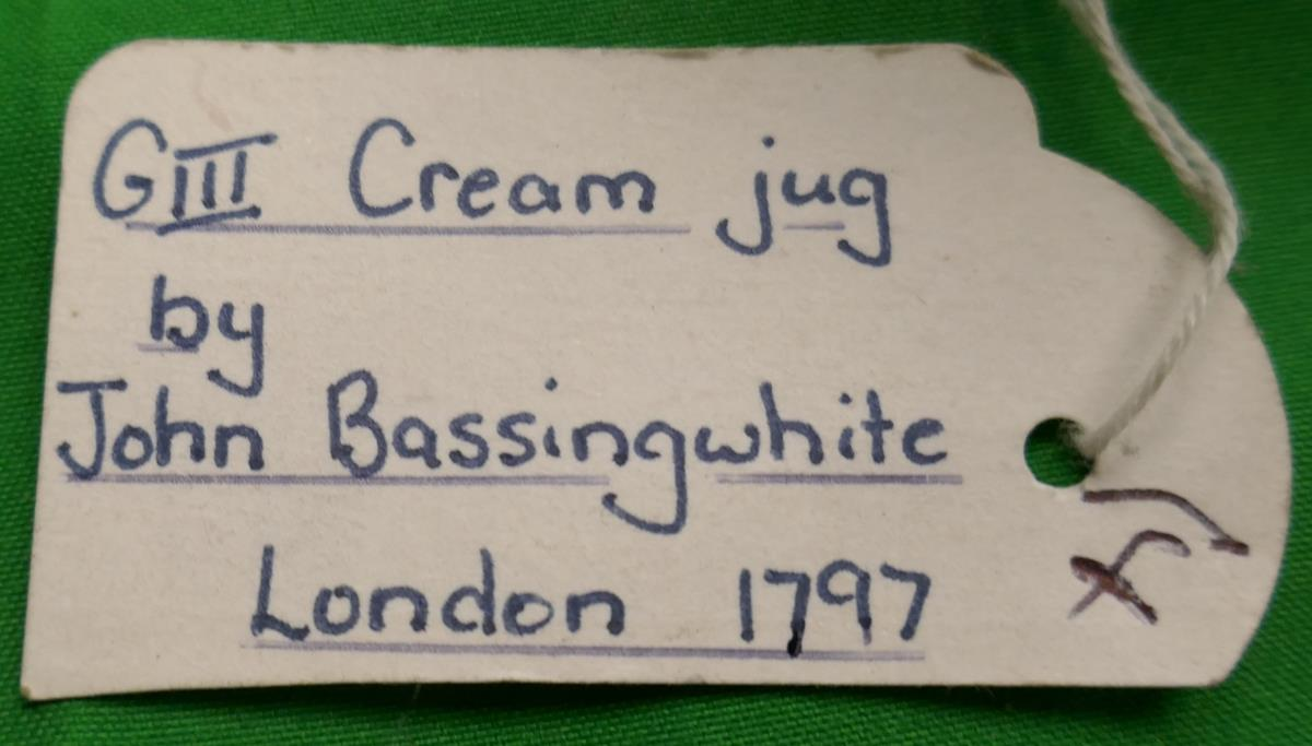 George III hallmarked silver cream jug by John Basingwhite - London 1797 - Approx H: 11.5cm & - Image 2 of 3