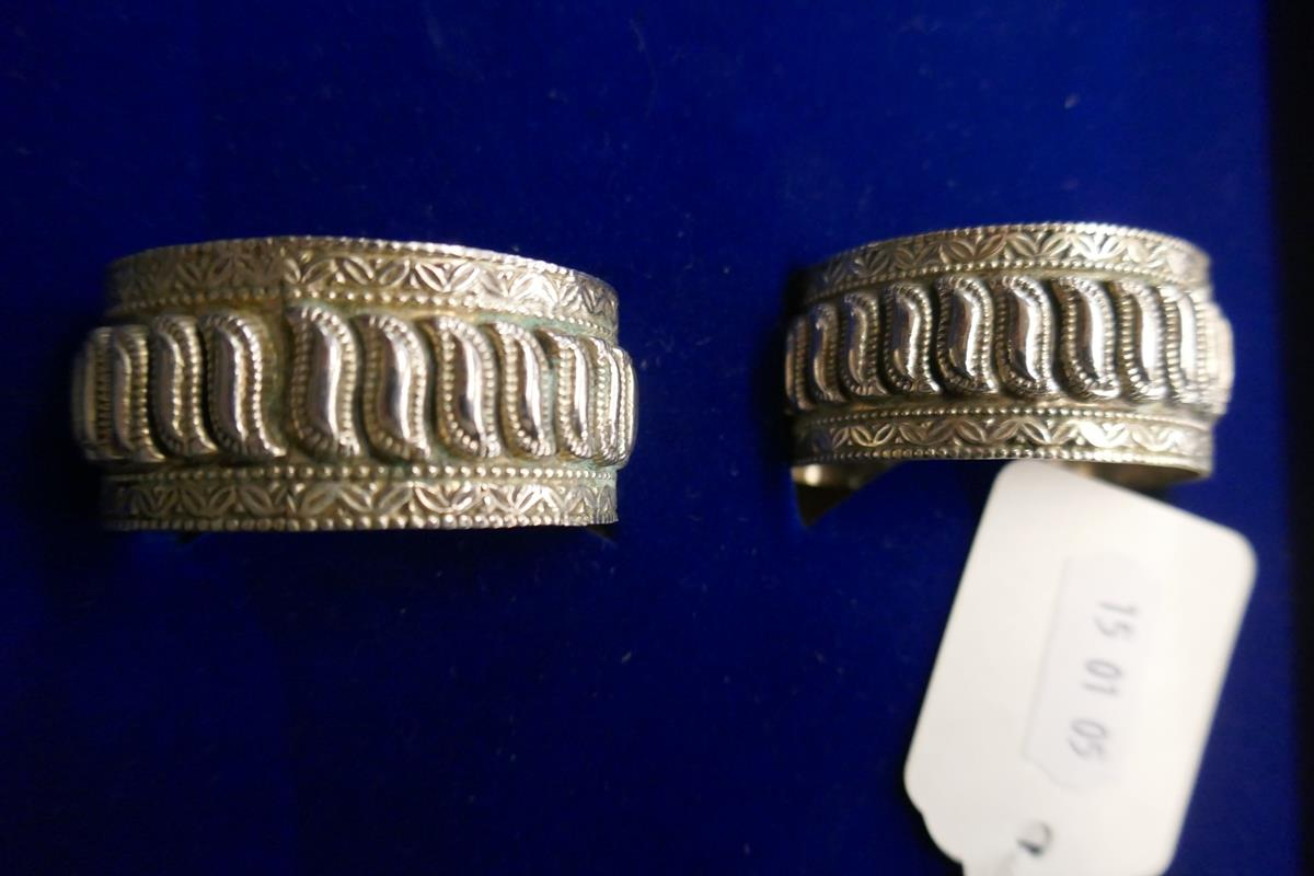 Cased set of 6 silver napkin rings - Image 5 of 7