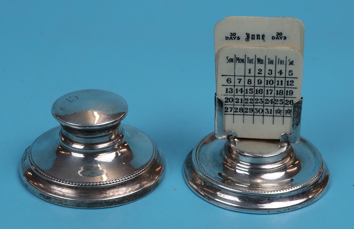 Hallmarked silver matching calendar & inkwell with Ivory tablets - London 1925 - J Aldridge & Sons