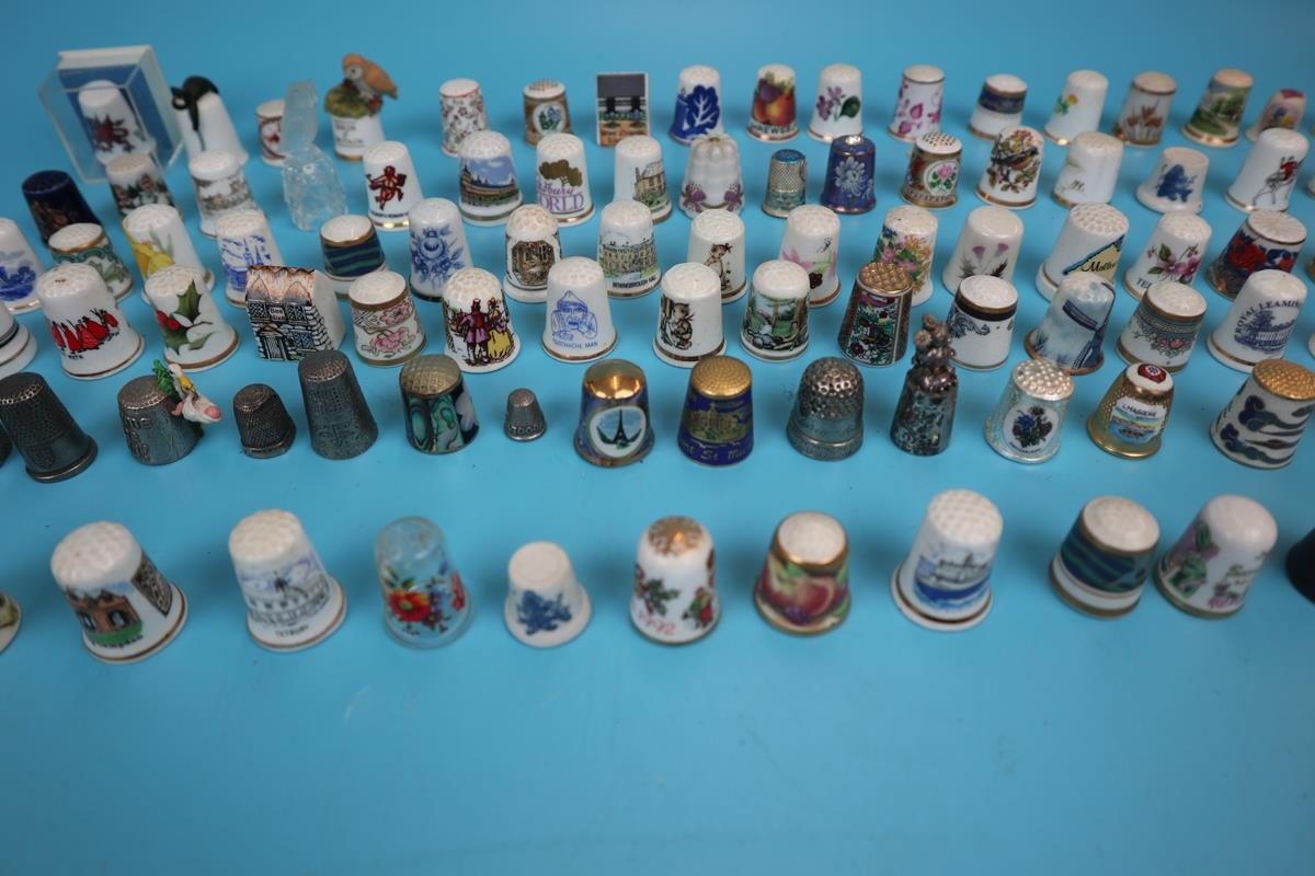 Large collection of thimbles - Image 2 of 7