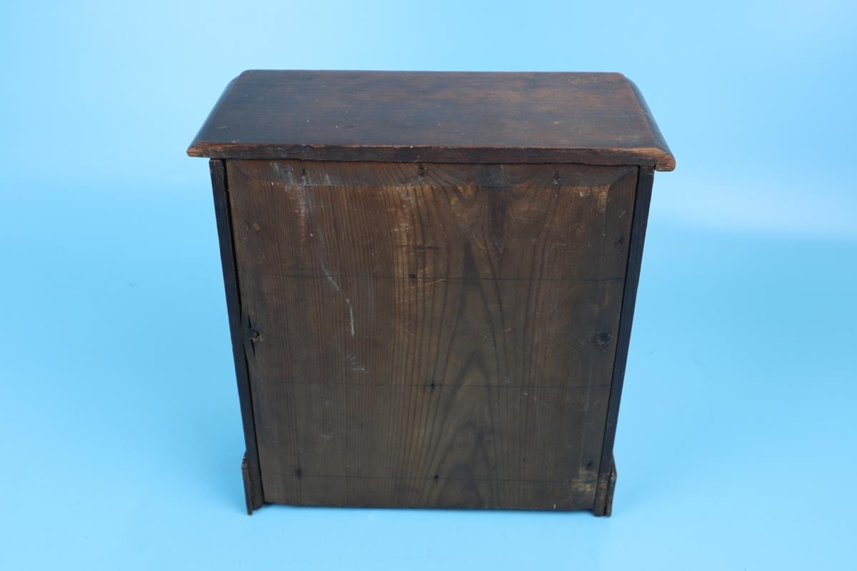 Small wooden apprentice piece/collectors chest - Image 2 of 3