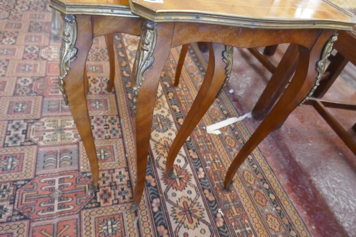 Nest of 2 French inlaid tables with Ormolu mounts - Image 4 of 4