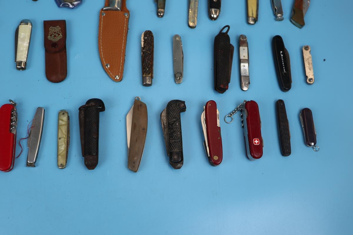 Collection of pocket knives - Image 5 of 5