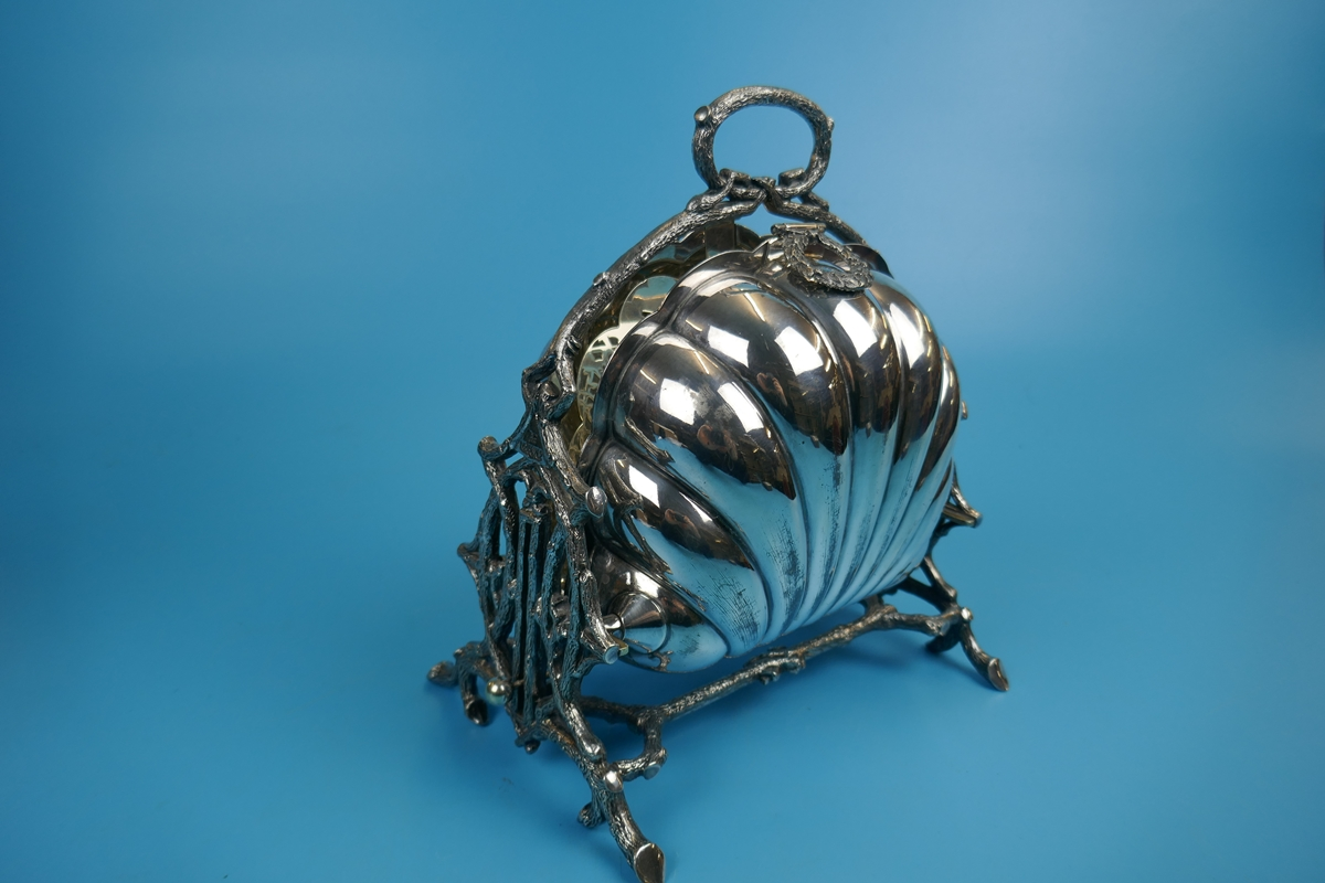 Antique ornate Victorian silver plated biscuit box by Walker and Hall - Rd 36762 - Image 2 of 9