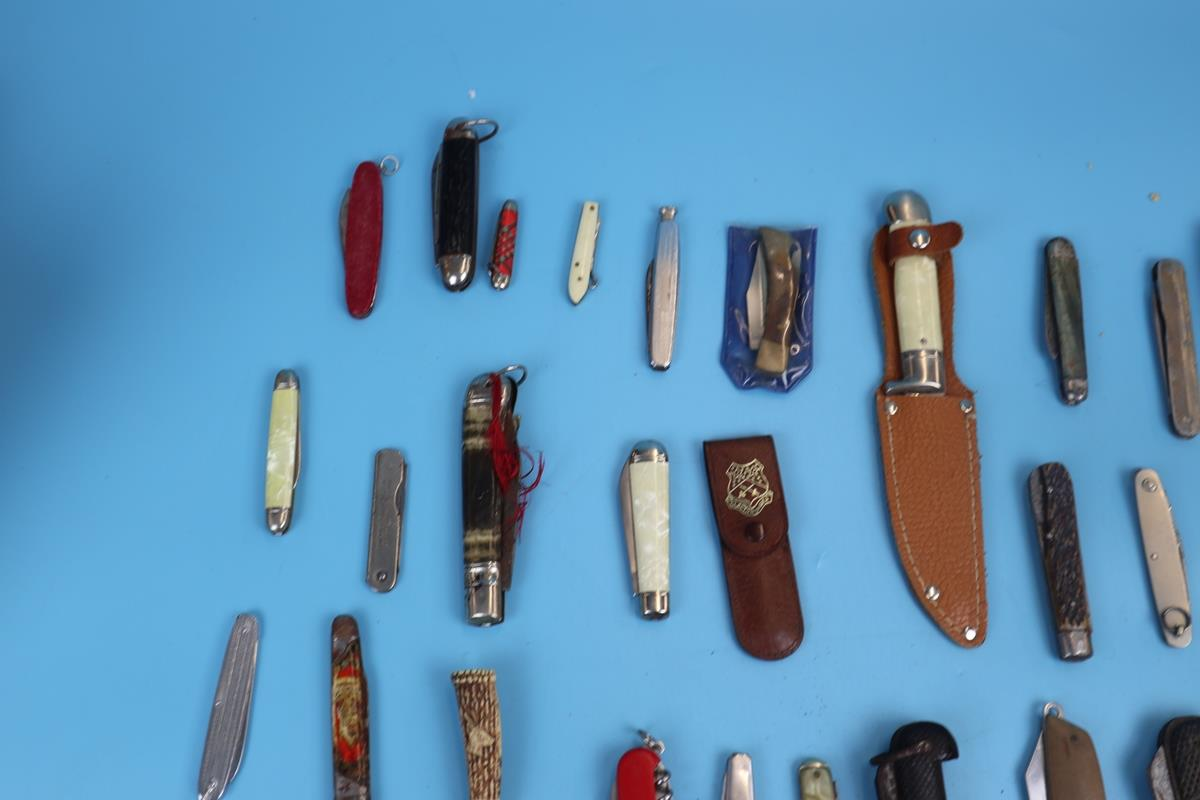 Collection of pocket knives - Image 3 of 5
