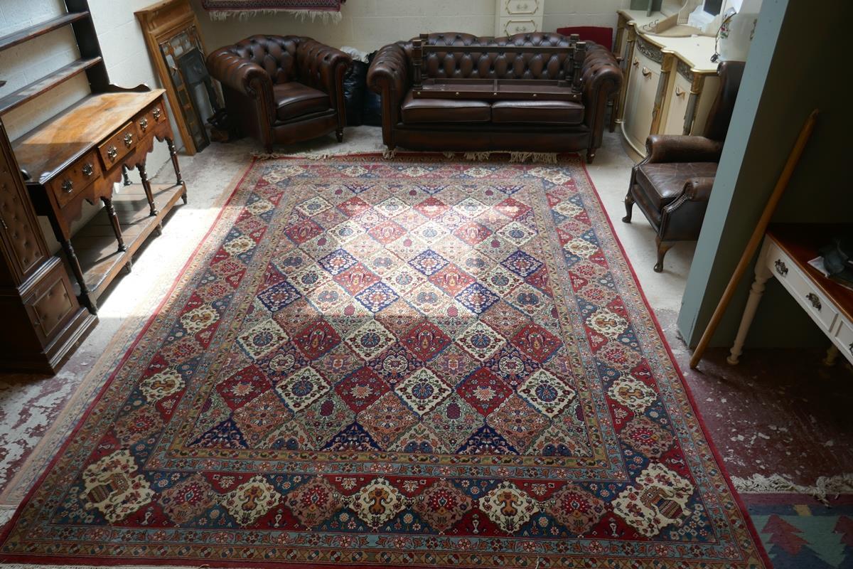 Large Eastern carpet - Image 3 of 13