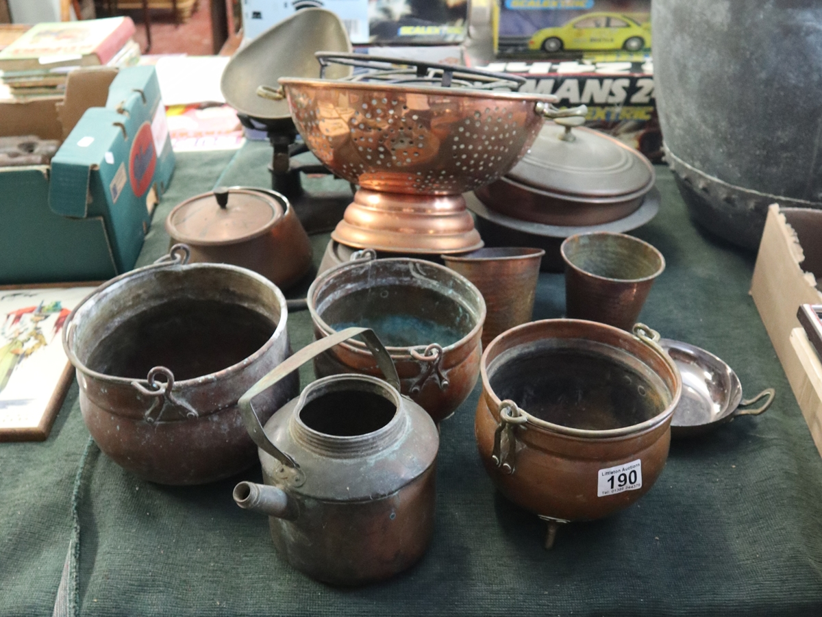 Collection of metalware to include mostly copper
