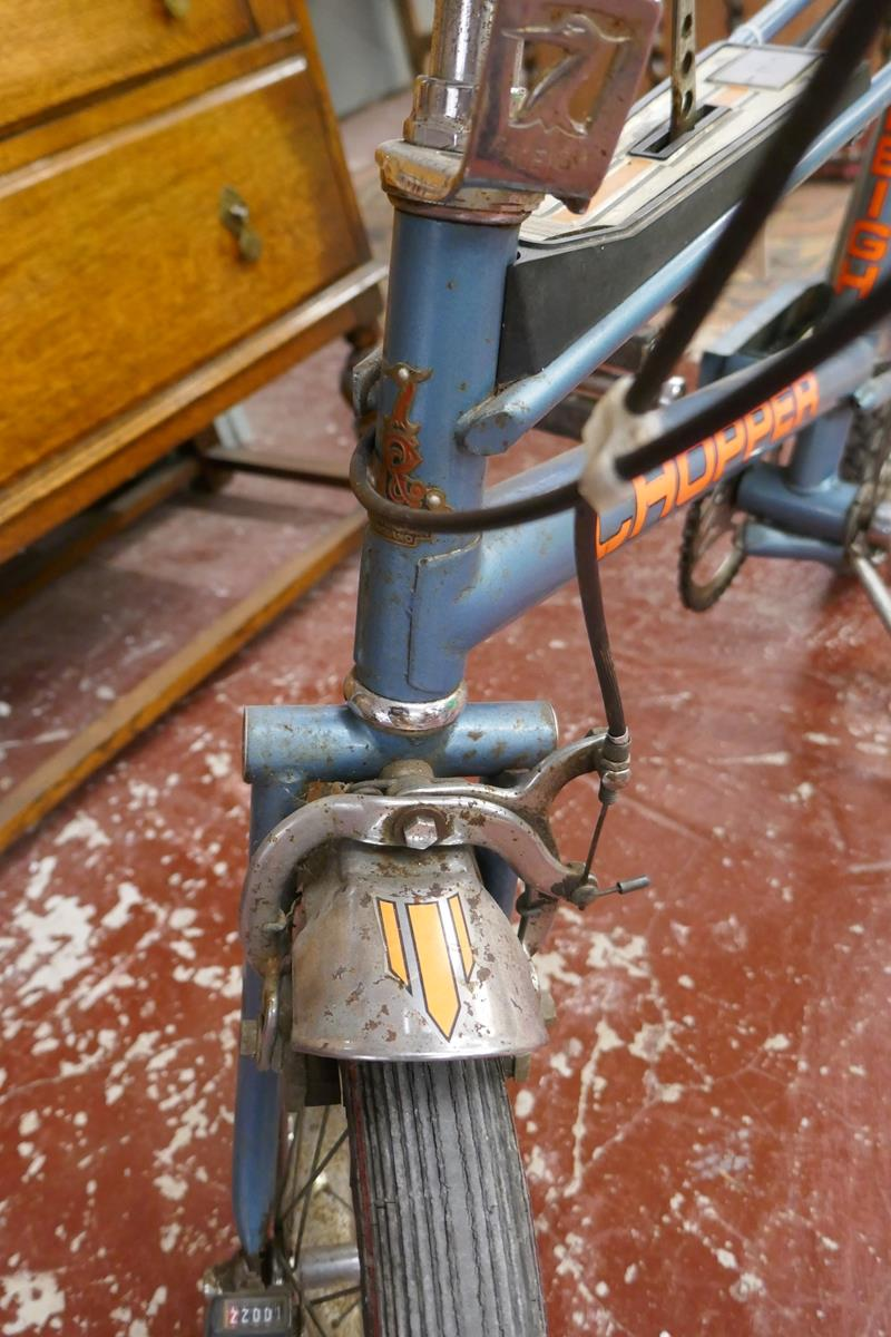 Raleigh chopper MKII space blue completely original (including tyres) Nottingham made, November 1976 - Image 5 of 17