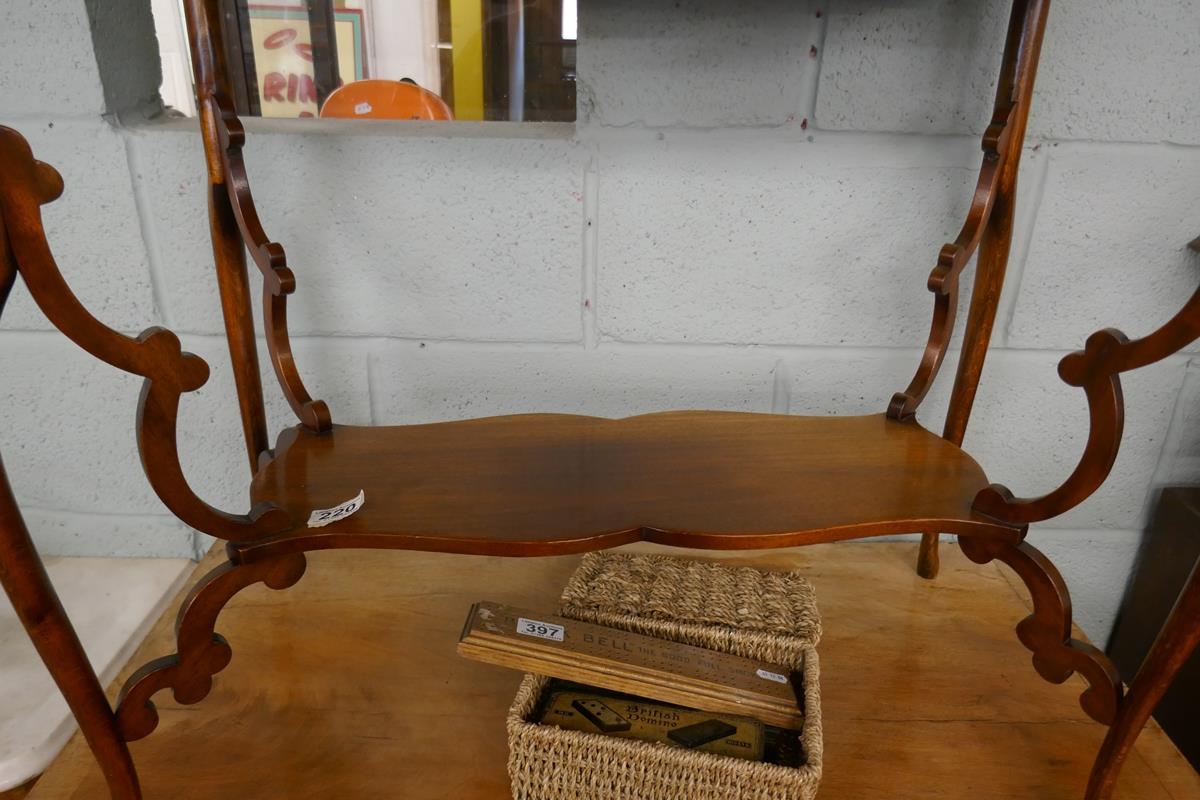Pretty Art Nouveau mahogany writing table - Image 5 of 7