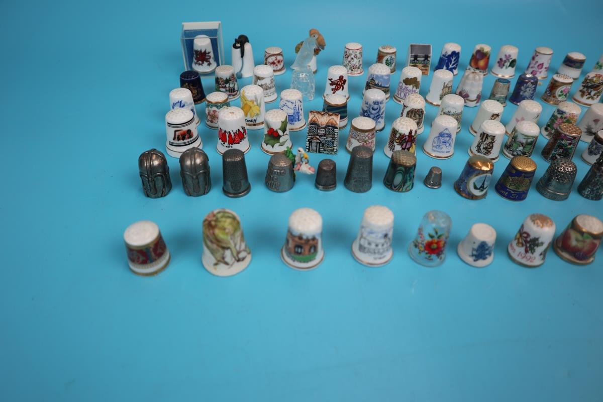 Large collection of thimbles - Image 7 of 7