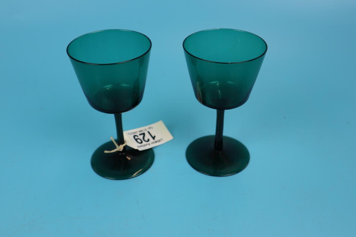 Pair of Regency green wine glasses