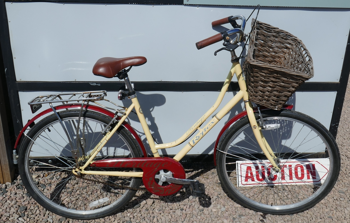 Ladies Reflex Heritage bike