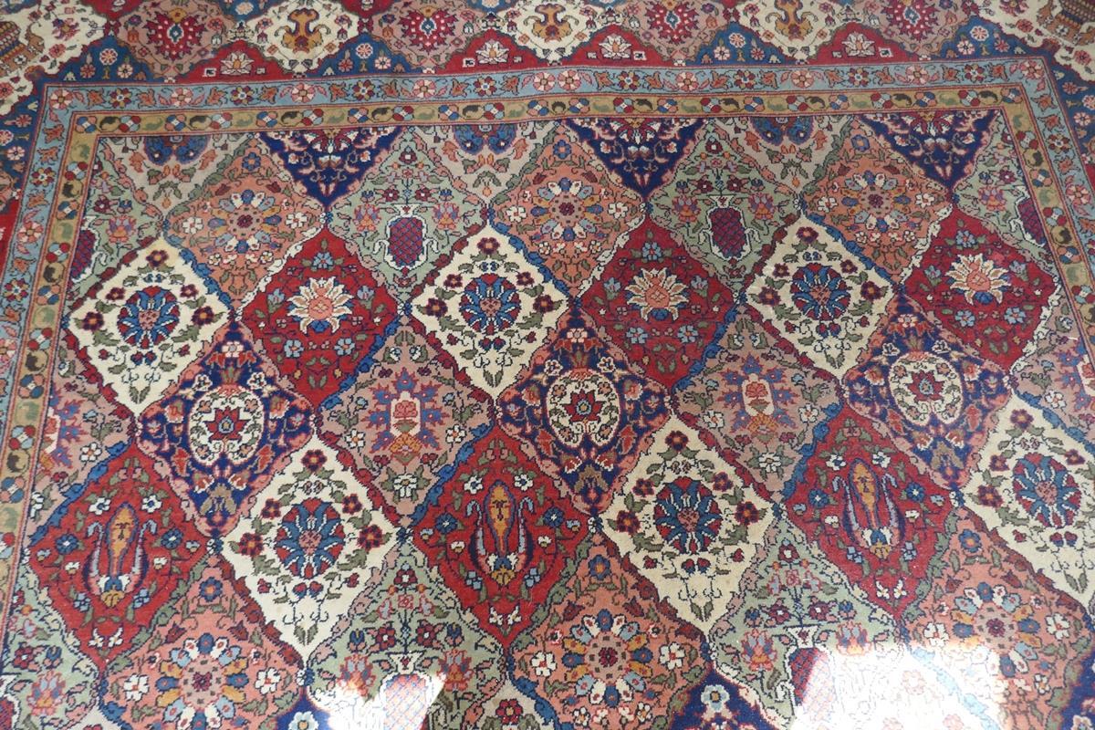 Large Eastern carpet - Image 11 of 13