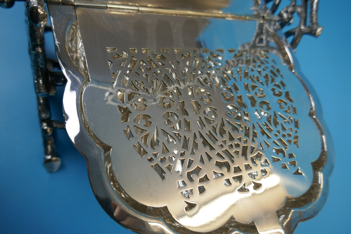 Antique ornate Victorian silver plated biscuit box by Walker and Hall - Rd 36762 - Image 6 of 9
