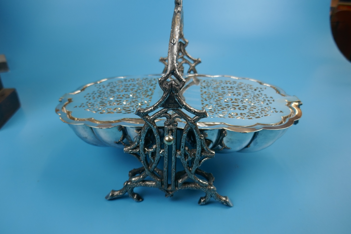 Antique ornate Victorian silver plated biscuit box by Walker and Hall - Rd 36762 - Image 8 of 9