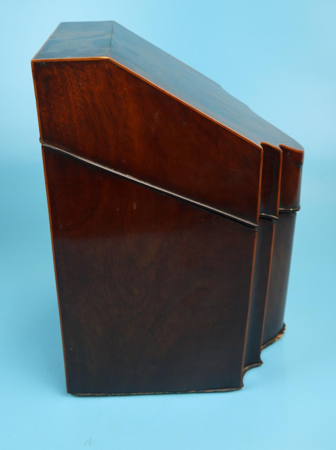Pair of Georgian mahogany knife boxes with fitted interiors - Image 12 of 17