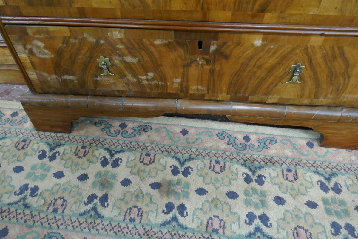 Georgian inlaid walnut chest of 2 over 3 drawers - W: 95cm D: 55cm H:89cm - Image 6 of 9