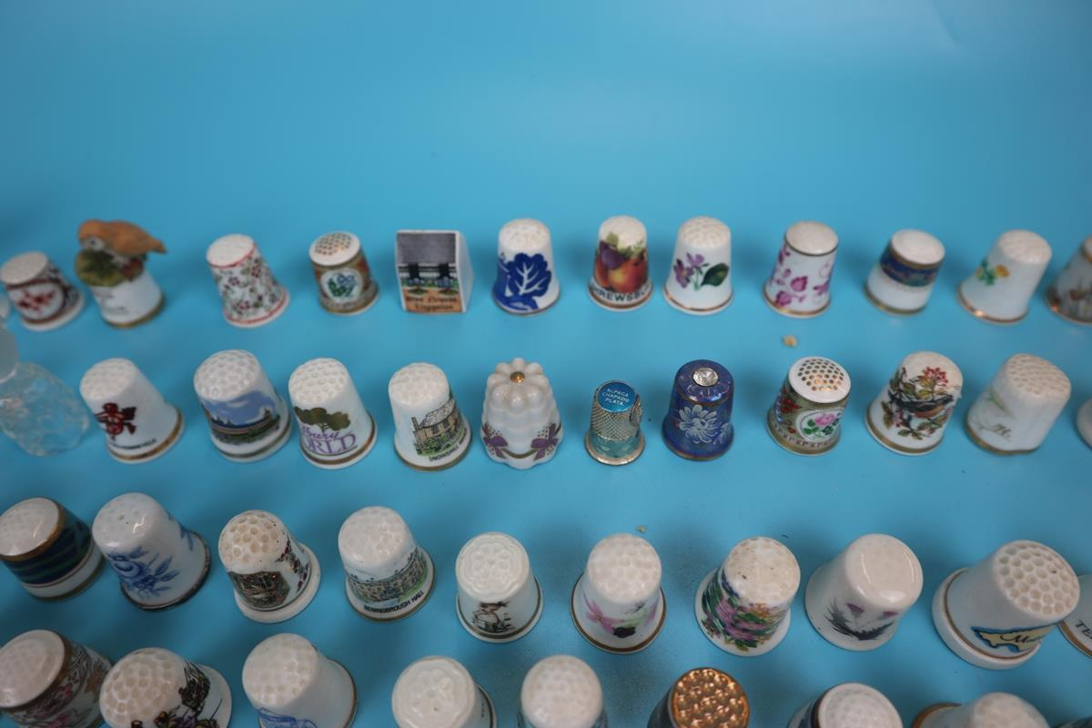 Large collection of thimbles - Image 5 of 7