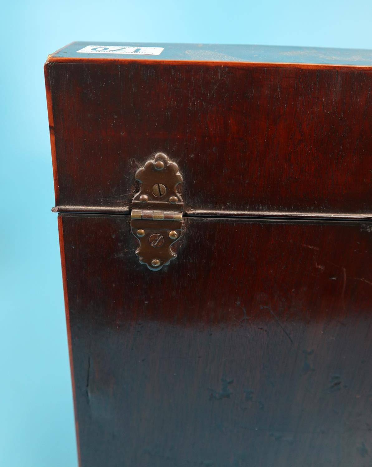 Pair of Georgian mahogany knife boxes with fitted interiors - Image 8 of 17