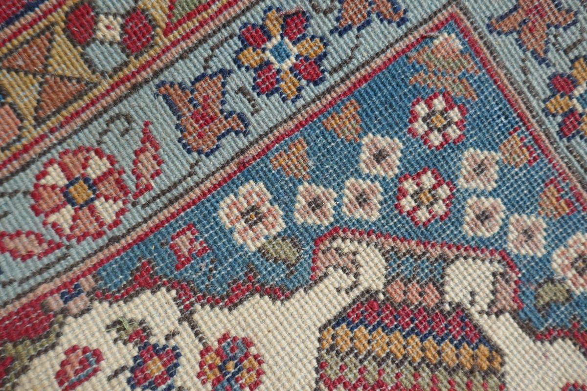 Large Eastern carpet - Image 9 of 13
