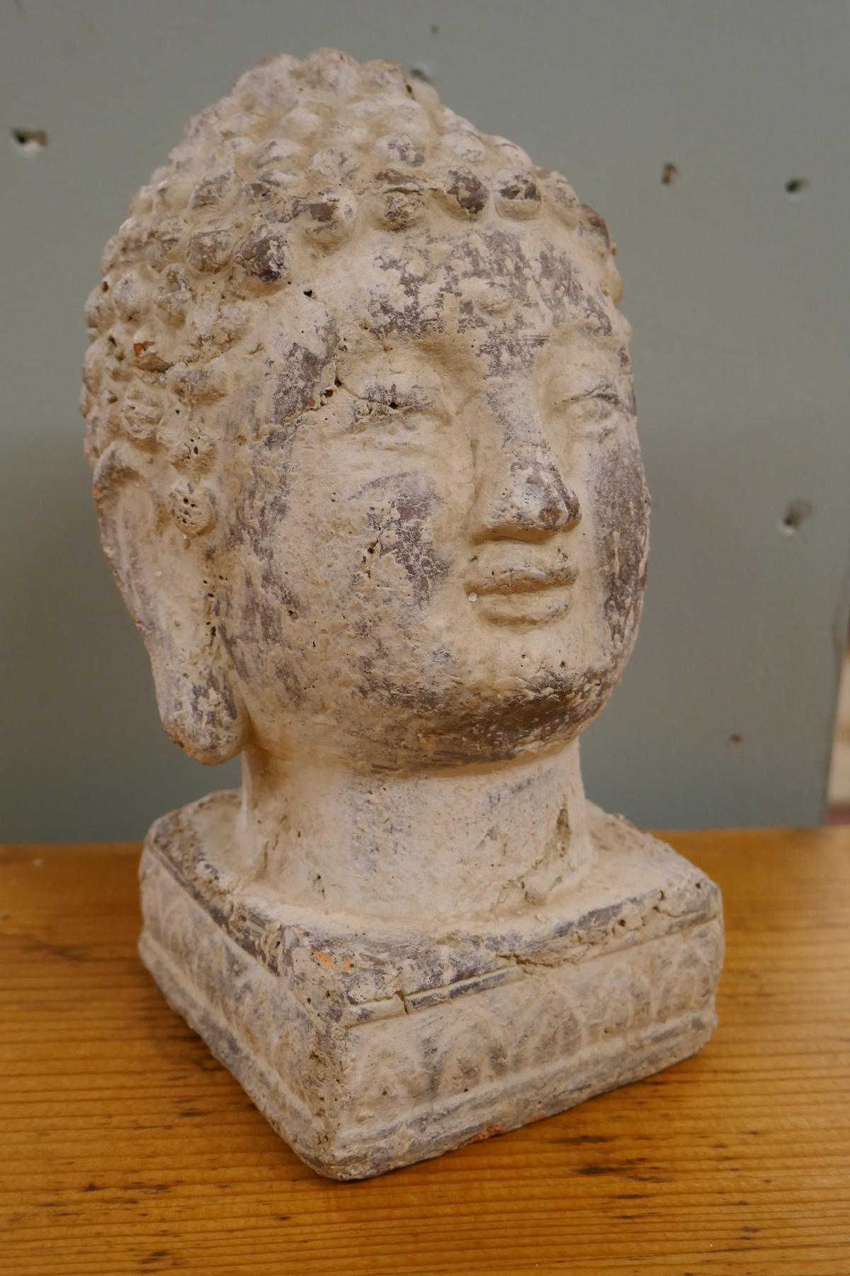Stone image of Buddha - Approx H: 20cm