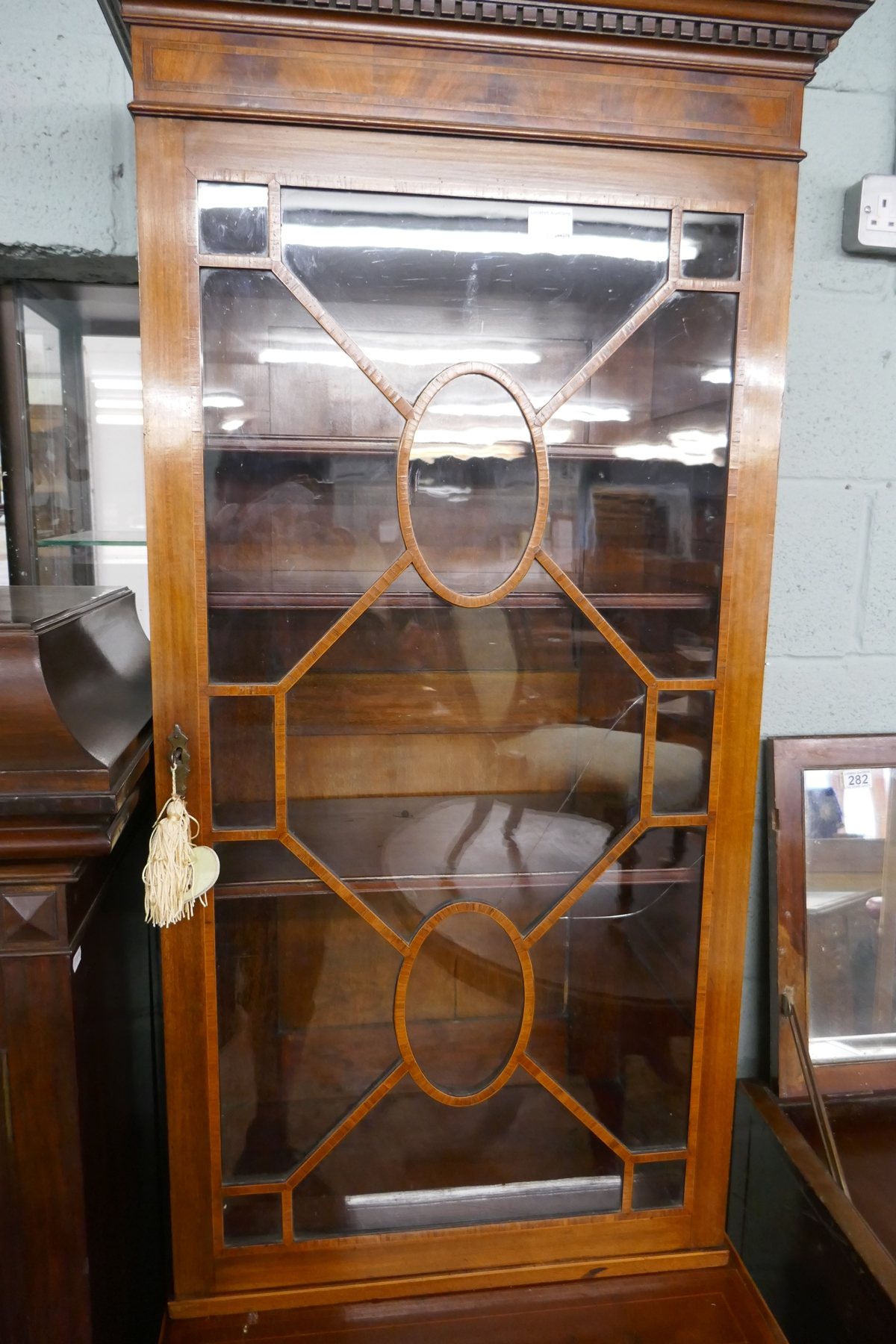 Mahogany inlaid & glazed top cabinet - Image 3 of 6