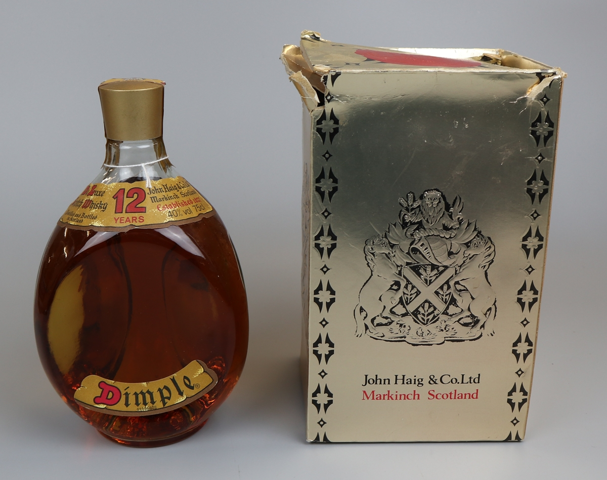 Dimple Scotch Whisky in original box - Aged 12 years