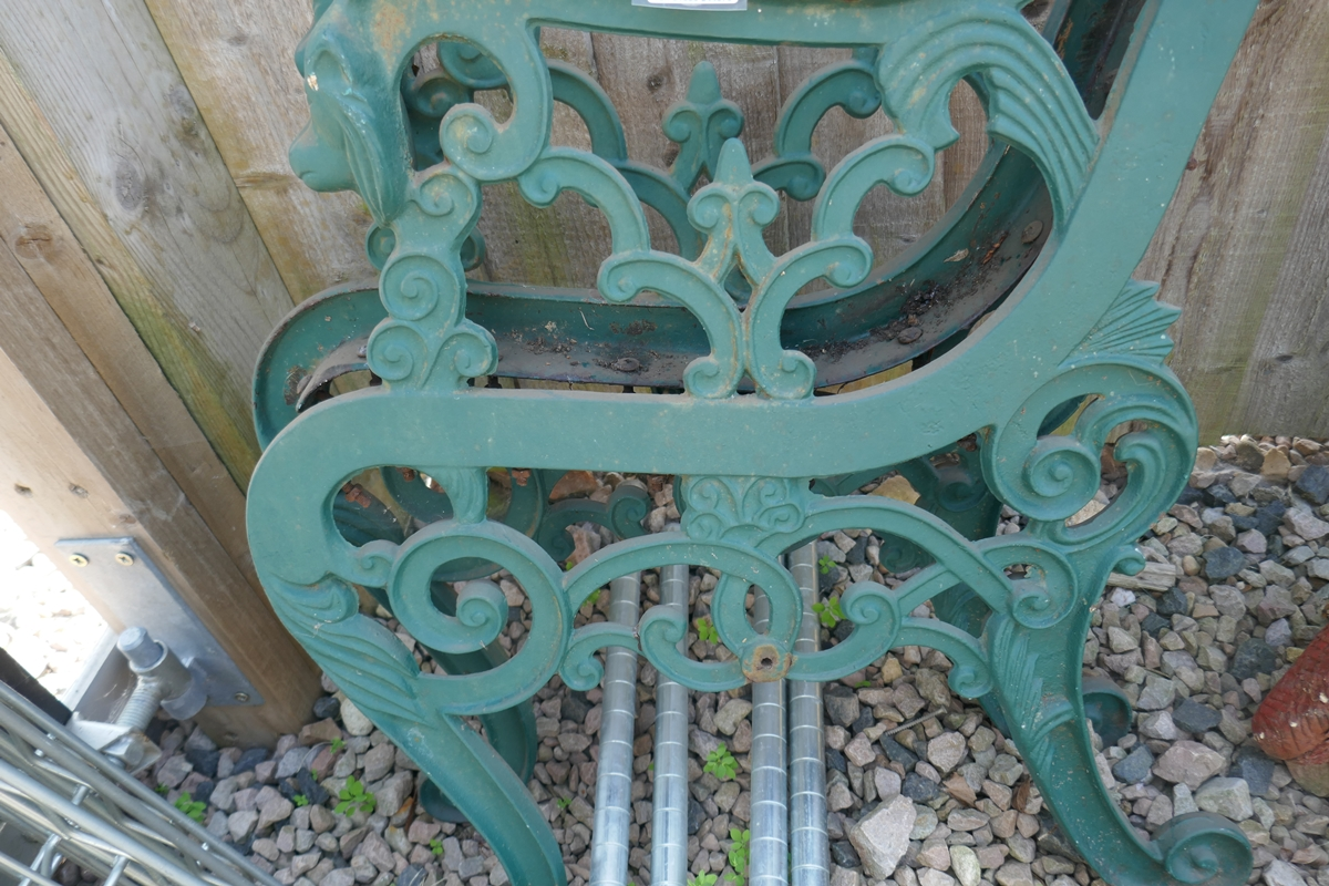 Pair of cast iron bench ends - Image 2 of 2