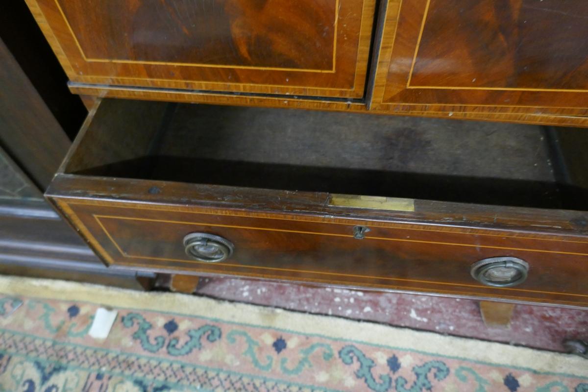 Mahogany inlaid & glazed top cabinet - Image 6 of 6